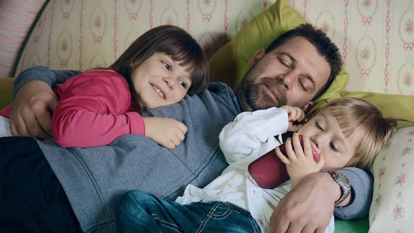 Может ли муж забрать ребёнка при разводе?