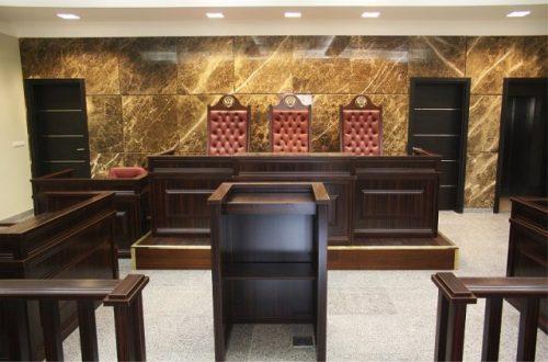 Исковое заявление подают мировому судье или в районный городской суд.