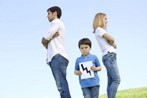 Развод родителей - это психологический удар ребенку