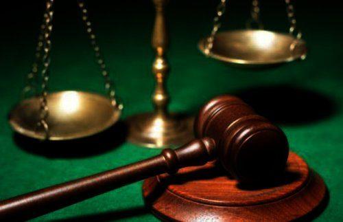 Семейный союз считается расторгнутым с момента вступления в правовую силу решения о разводе