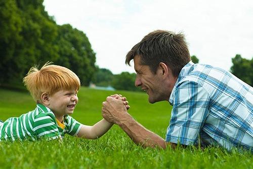 Установление отцовства в органах ЗАГСа: что для этого нужно