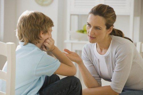 Беседа мамы с ребенком
