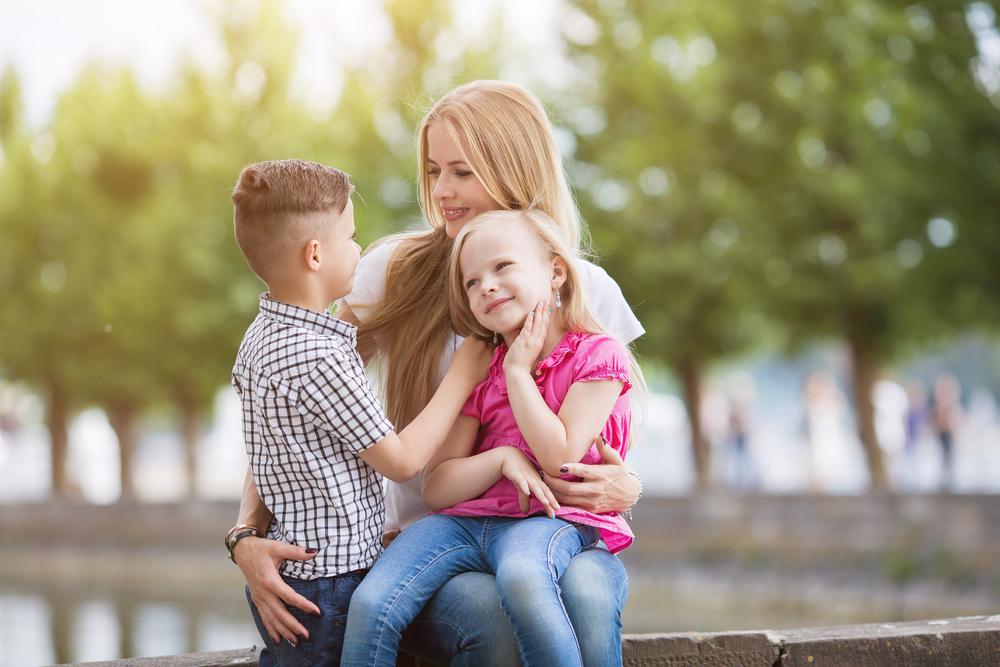 Как сказать ребенку о разводе родителей